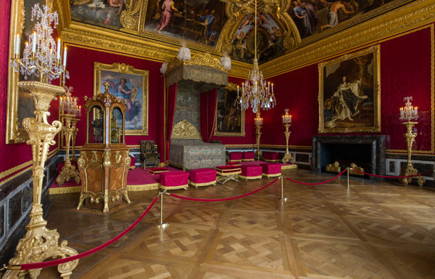 https://www.parisinfo.com/musee-monument-paris/71399/Chateau-de-Versailles